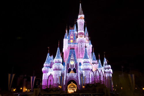 2166622562 306255224c New High Tech Disney Projection Shows!