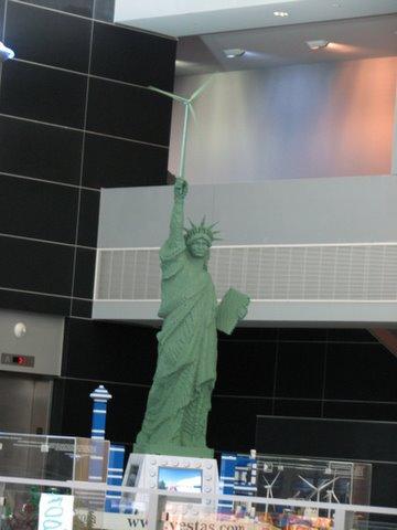 statue of wind-liberty