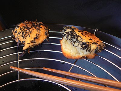 beignets dans le wok.jpg