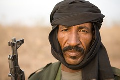 Meet The Janjaweed-04.jpg (Andrew Carter) Tags: gun fighter sudan headscarf rifle arab weapon conflict militia darfur janjaweed unreportedworld conflictheadscarf