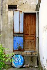 Vietnam (Kathy~) Tags: door detail vietnam cw fc photofaceoffwinner pfogold challengew herowinner