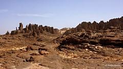 Tassili du Hoggar - Aiguilles de Youf Hehaket II (L'Abominable Homme de Rires) Tags: sahara rock canon algeria sand desert erosion algerie hoggar tassili 400d youfhehaket