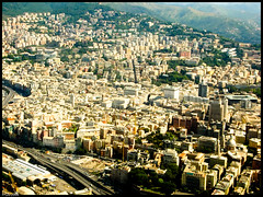 Genova downtown (Gilberto Gaudio) Tags: italy geotagged italia liguria july 2006 genova skyview luglio geo:lat=443963387640032 geo:lon=89287689685764