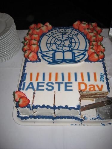 Uuuuuuummm cake