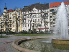 Viktoria-Luise-Platz with Fountain (Jumping Jellyfish) Tags: berlin schneberg