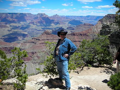 WOMAN ON THE EDGE!!! At Yavapai Point, Grand Canyon