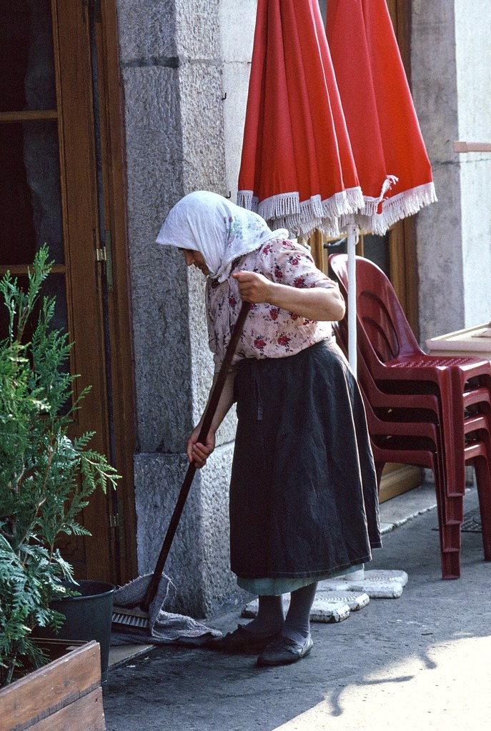 the working day - sweeping it under the carpet