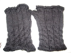 Black Fetching (eep128) Tags: knit gloves knitty fetching