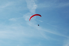 Chris. (Raveydv) Tags: sky nova club fly high district derbyshire wing peak paragliding soaring ra dsc soar parapente paraglide eyam raveydv
