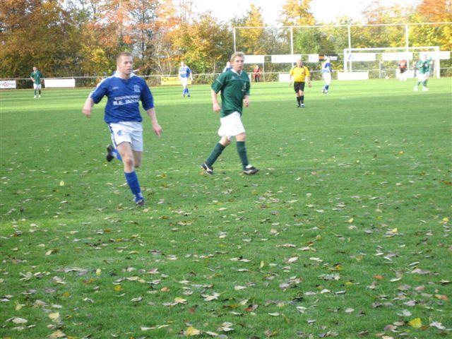 voetbal 02-11-07 047