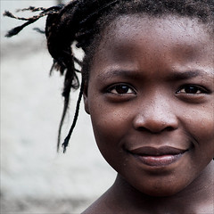 Girlie (gunnisal) Tags: world africa street city portrait people colors child faces culture mozambique theface olympuse500 goldenphotographer