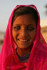 Rajuri , indian girl from Rajasthan (Bertrand Linet) Tags: portrait india girl indian rajasthan bertrandlinet