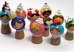 TEENY Plini party. (magicbeanbuyer) Tags: original sculpture girl miniature jamie sweet handmade lace painted polymerclay clay kawaii figure collectible custom figurine crafting matryoshka polymer ferraioli jamieferraioli magicbeanbuyer plini