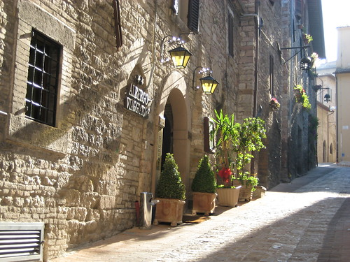 Assisi: Early morning