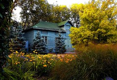 English Garden Shed (Ken Yuel) Tags: flowers trees beauty landscape flora winnipeg shed englishgarden perennials assiniboinepark harmonie supershot flickrsbest fineartphotos englishgardentoolshed
