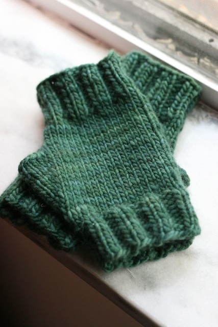 75 Yard Malabrigo Fingerless Mitts - free pattern