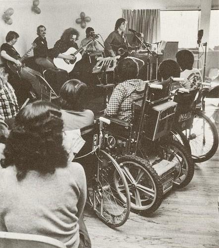 Grateful Dead - 12/6/80 Mill Valley Recreation Center, Mill Valley, California
