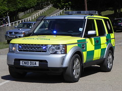 South East Coast Ambulance Service | Land Rover Discovery 4 | HART Team | Rapid Response Vehicle | CN10 DUA (EmergencyVehiclePics1) Tags: new blue race lights mercedes coast pier video amazing team call respect bell south 4 central fast rover run hampshire ambulance led east yelp area land leds hart shape brand discovery hazardous siren iveco callout shout response 999 wail on the bullhorn twotone lifesavers sprinter strobes airhorn secam