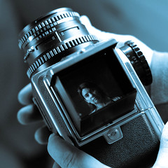 Finder (marikp1018) Tags: zeiss fuji 50mm14 hasselblad beauties andi planar 500cm superaplus aplusphoto s5pro superbmasterpiece petermarik