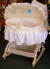 kolcraft bassinet