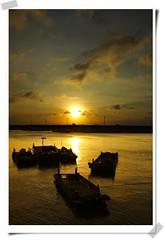 _IMG_2393 (Sandor's Album) Tags: sunset sky sun nature sunshine canon landscape gold boat hsinchu taiwan        25faves  theexhibit anawesomeshot aplusphoto top20taiwan