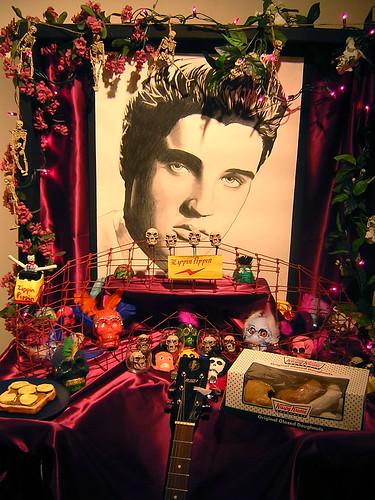 Elvis altar — nov 11