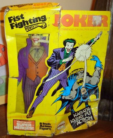8_joker_fistfighting.JPG