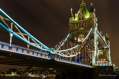 Under the Tower bridge - London (Bouhsina Photography) Tags: tower bridge londres angleterre couleur lumière bouhsina bouhsinaphotography canon 5diii ef2470 long exposition