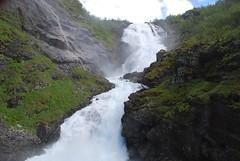 Cascada en Myrdal (Noruega, 25-6-2008) (Juanje Orío) Tags: noruega myrdal 2008 naturaleza cascada catarata río agua waterfall water