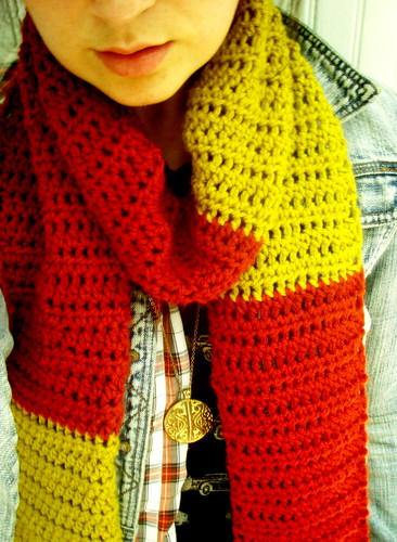 softspoken crochet - boy meets girl scarf