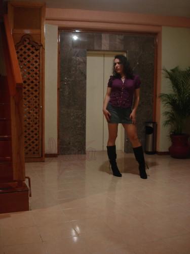 Niña con botas en Villahermosa