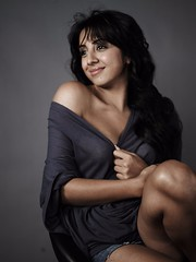 South Actress SANJJANAA Unedited Hot Exclusive Sexy Photos Set-23 (168)