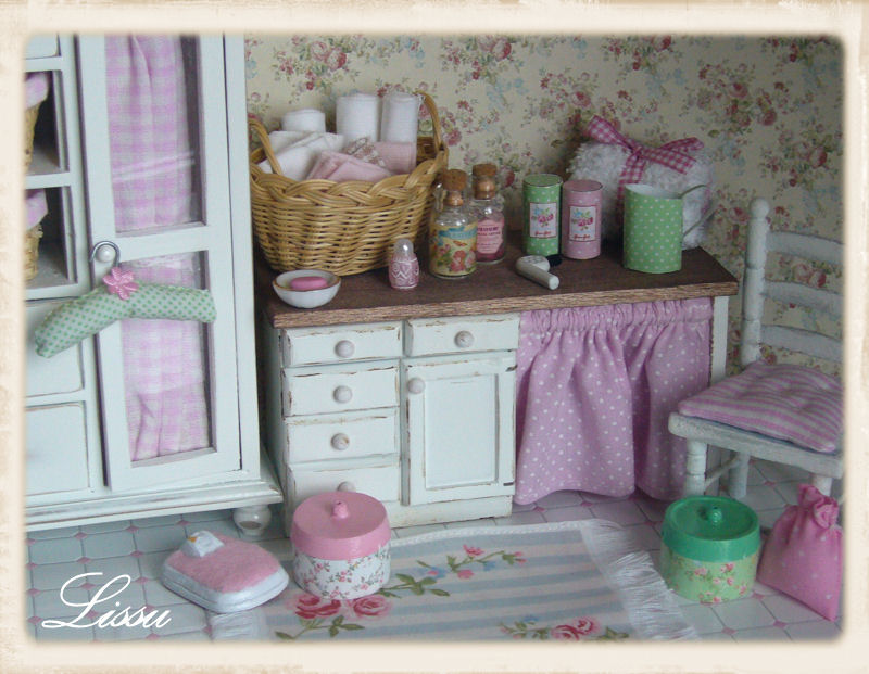Shabby Chic Green Cottage