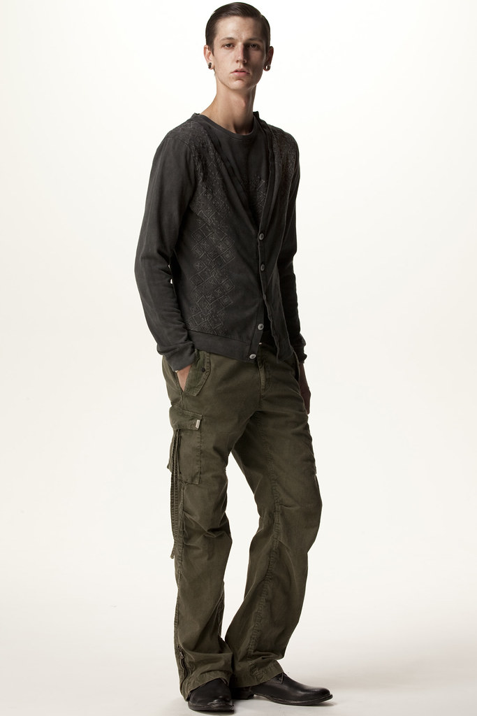 FACTOTUM HOMME 2011 SS 015_Tommy Cox