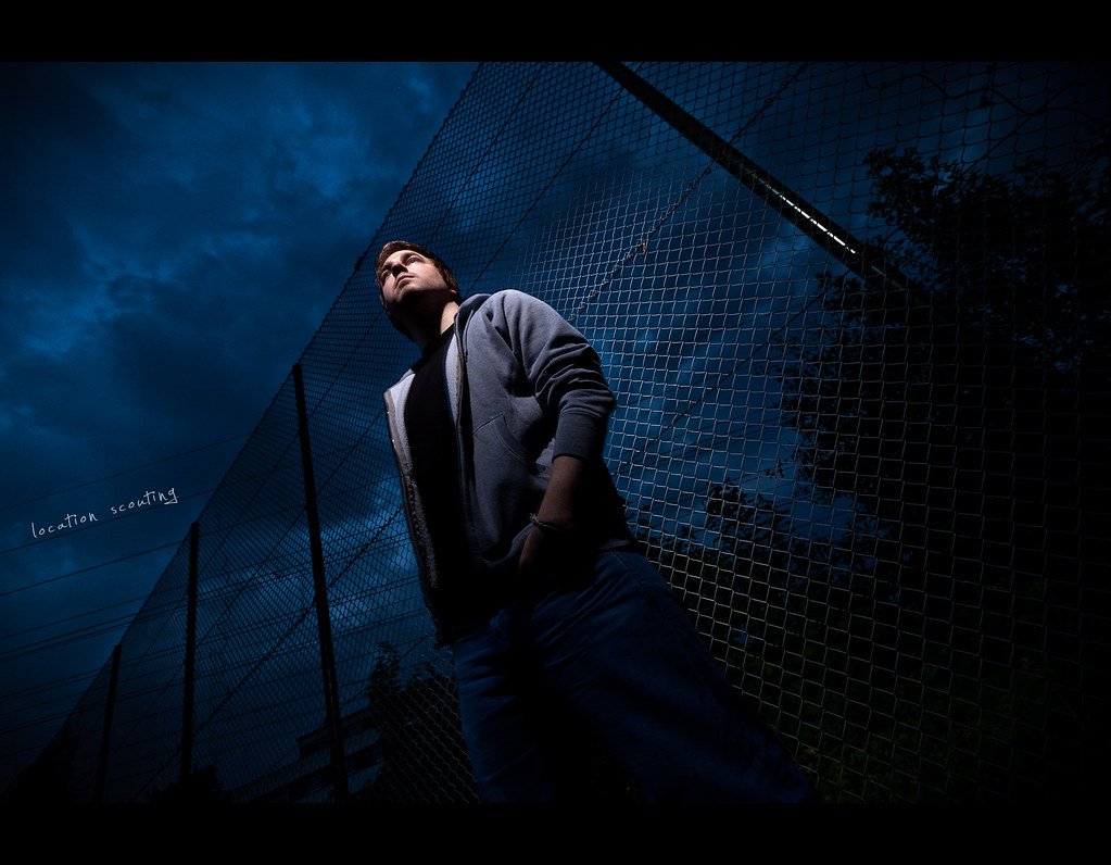 Project 365, Day 278, 278/365, strobist, self portrait, nightshot, chainlink fence, portrait, grid, sunpak 120j, Canon Ef-s 10-22 f3.5-4.5,