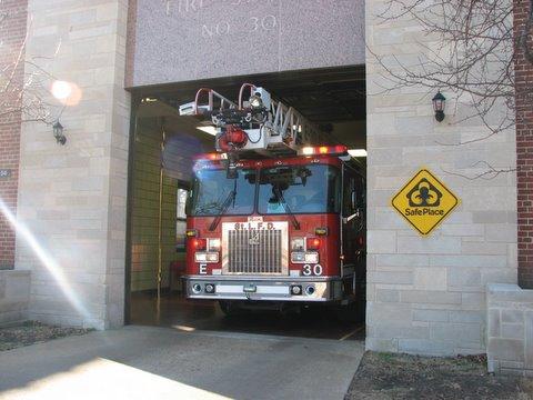 fire engine near delmar 150108