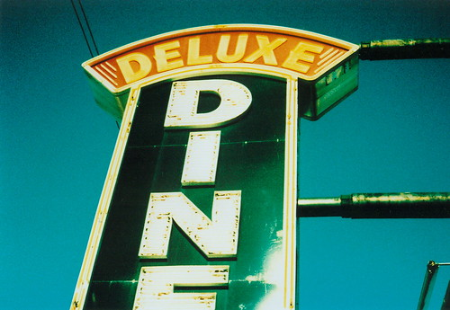 Deluxe Diner sign