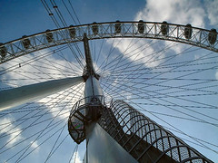 Thames 2001 #15