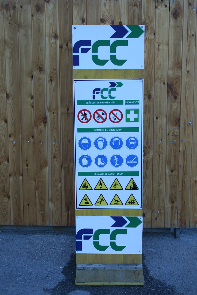 Major Safety Sign