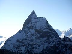 J6 : Le Cervin / Matterhorn - 4478m (twiga269 ॐ FEMEN #JeSuisCharlie) Tags: mountain montagne schweiz switzerland suisse route matterhorn wilderness om montaña haute alpinisme onthetop twiga cervin hauteroute chamonixzermatt mountainsalps ॐ elevation40004500m bertol altitude4478m summitmatterhorn schonbiel summitcervino हूँ allibert p408 twiga269 summitcervin facewest alliberttrekking