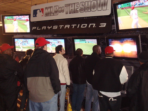 MLB08Crowd