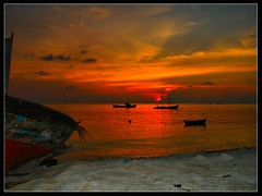 Time to Go! (Prof EuLOGist) Tags: sunset sea clouds boat maldives baa atoll jinan hussain blueribbonwinner superbmasterpiece flickrlovers thuladhoo