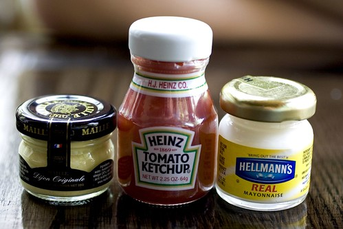 Mini condiments