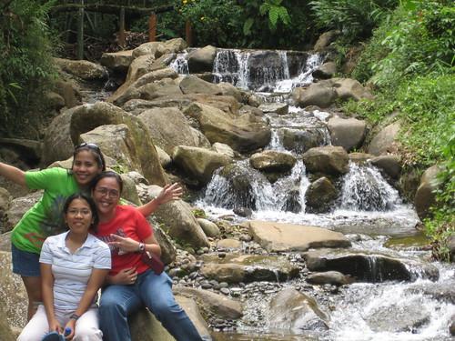 mga diyosa ng matinlo falls