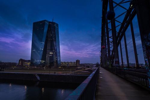Der Weg zum Geld (EZB Frankfurt)
