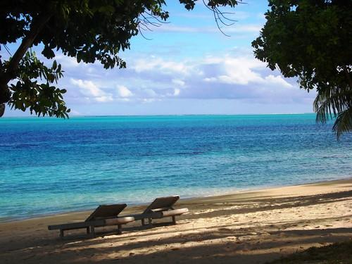 Hotel Bora Bora - Late afternoon on Matira side