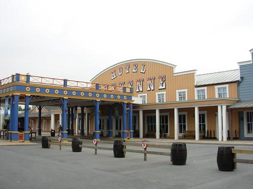 Liste des hôtels Disneyland 1566962490_6ee9c38e68