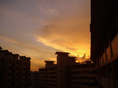 The  captivating sunset Singapore (HenryLeongHimWoh) Tags: fab sun bravo singapore searchthebest sunsets sunrises hdb soe themoulinrouge blueribbonwinner firstquality supershot magicdonkey flickrsbest 35faves 25faves golddragon abigfave scoremefast goldmedalwinner platinumphoto anawesomeshot flickrgoldaward ultimateshot flickrplatinum superbmasterpiece goldenphotographer diamondclassphotographer flickrdiamond ysplix excellentphotographerawards 75faves brillianteyejewel artistsoftheyear goldsealofquality wildcardthesunisdrawing perfectsunsetssunrisesandskys thegardenofzen thegoldendreams goldstaraward dazzlingroseaward mailciler thebestofday gnneniyisi exquisiteimage platinumsuperstars platinumsuperstar multimegashot