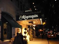 Algonquin Hotel, Entrance