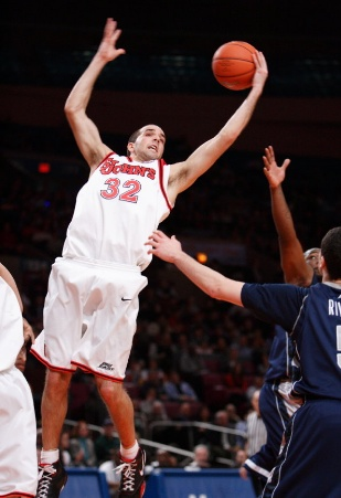 Mike Cavataio rebound
